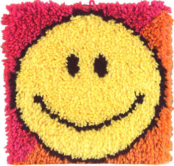 Smiley Fac-latch Hook Kit 12sq