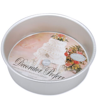 Wilton Decorator Preferred Cake Pan