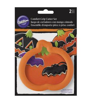 Wilton® Comfort-Grip Cookie Cutter Set 2/Pkg-Pumpkin & Bat