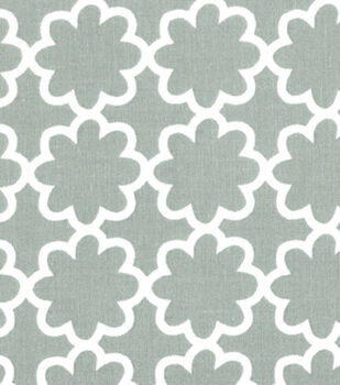 Quilter's Showcase™ Cotton Fabric-Flower Gray/White