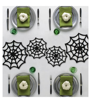 Martha Stewart CraftsSpiderweb Table Decor Set 4pcs-Spooky Night