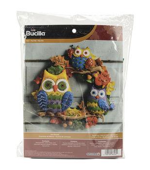 Bucilla® Wreath Felt Applique Kit-Owl