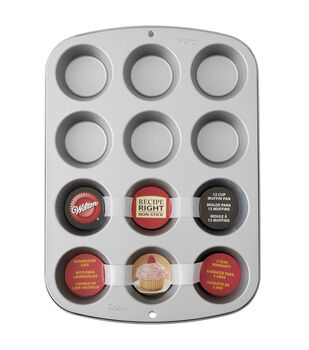 Wilton® Recipe Right 12 Cup Reg Muffin Pan