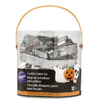 Wilton® 18pcs Cookie Cutter Tub-Halloween