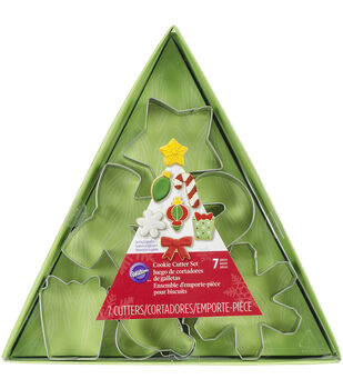 Wilton® Metal Cookie Cutter Set 7pcs-Assorted Christmas