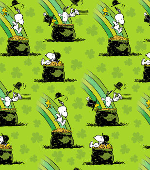 St. Pat's Print Fabric-Peanuts Pot Of Gold Green