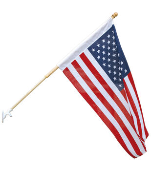 Sea To Shining Sea 30''x48'' US Flag With Wood Pole