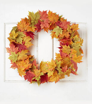 Blooming Autumn 22'' Maple Leaves & Berry Wreath-Orange, Red & Green