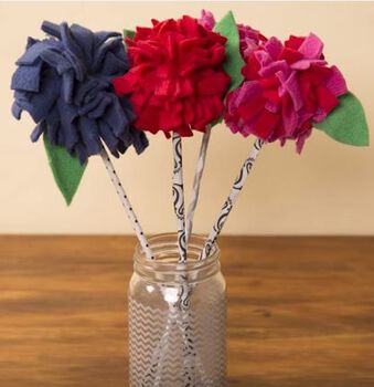 Fleece Pom Flowers