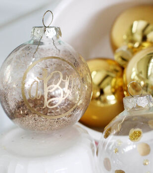 Makers Guide: Gold Decorated Ornaments