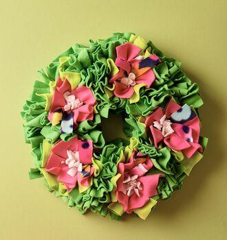 No-Sew Fleece Wreath