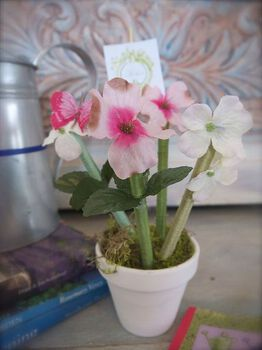 Penny Wise's Flower Pot Pens