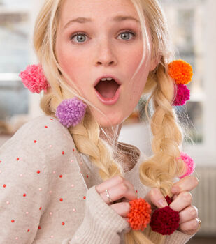 How To Make Pompoms for the Hair