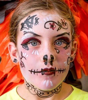 Creativebug-Kids Halloween Face Painting