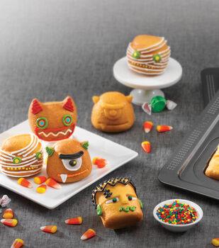 3D Monster Cakes