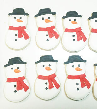 How to bake Frost-Kissed Snowman Cookies