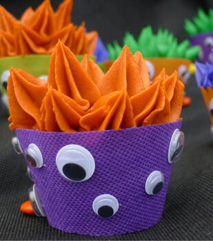 Wiggle Eye Monster Cupcakes