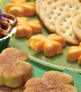 Shamrock Cheese Appetizers