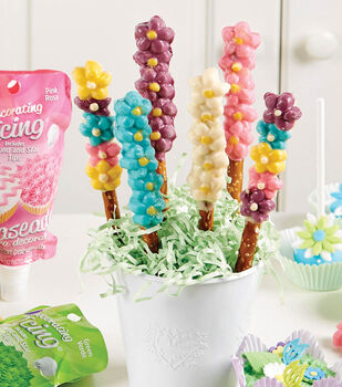 Flower Power Candy-Covered Pretzels
