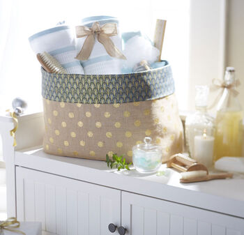 Makers Guide: Burlap Fabric Baskets