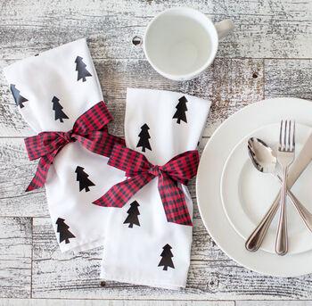 Makers Guide: Christmas Tree Napkins