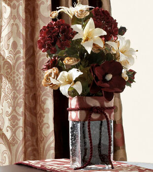 Burgundy & Cream Floral Decor