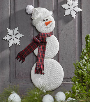 Learn to make No-Sew Cable Knit Snowman
