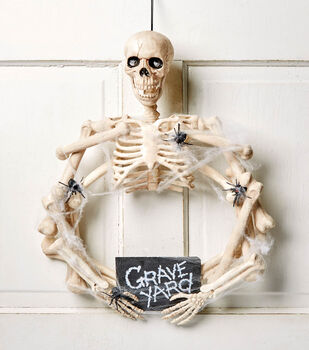 How To Make A Skull and Bones Halloween Wreath