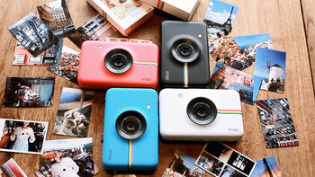 Polaroid SNAP Instant Digital Camera at a Glance