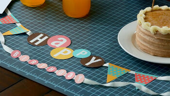 Cricut Explore creating a Birthday Banner - Cricut Journey Episode 6