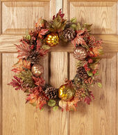 Fall For All Pumpkin, Maple Leaves  and  Berry Wreath Orange  and  Green�