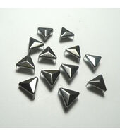 11mm Pointed Triangle Stud Pack - Gunmetal