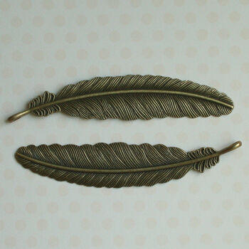 Maya Road Vintage Metal Findings Plume Feathers Antique