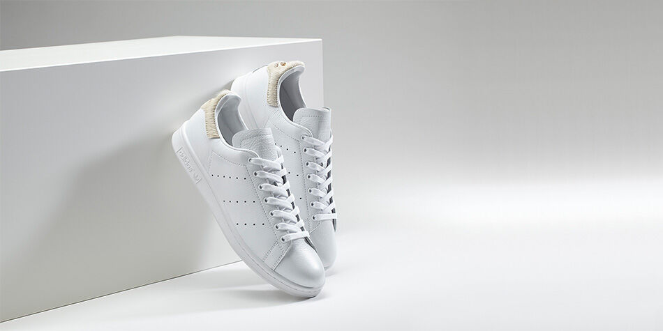 adidas gazelle all white