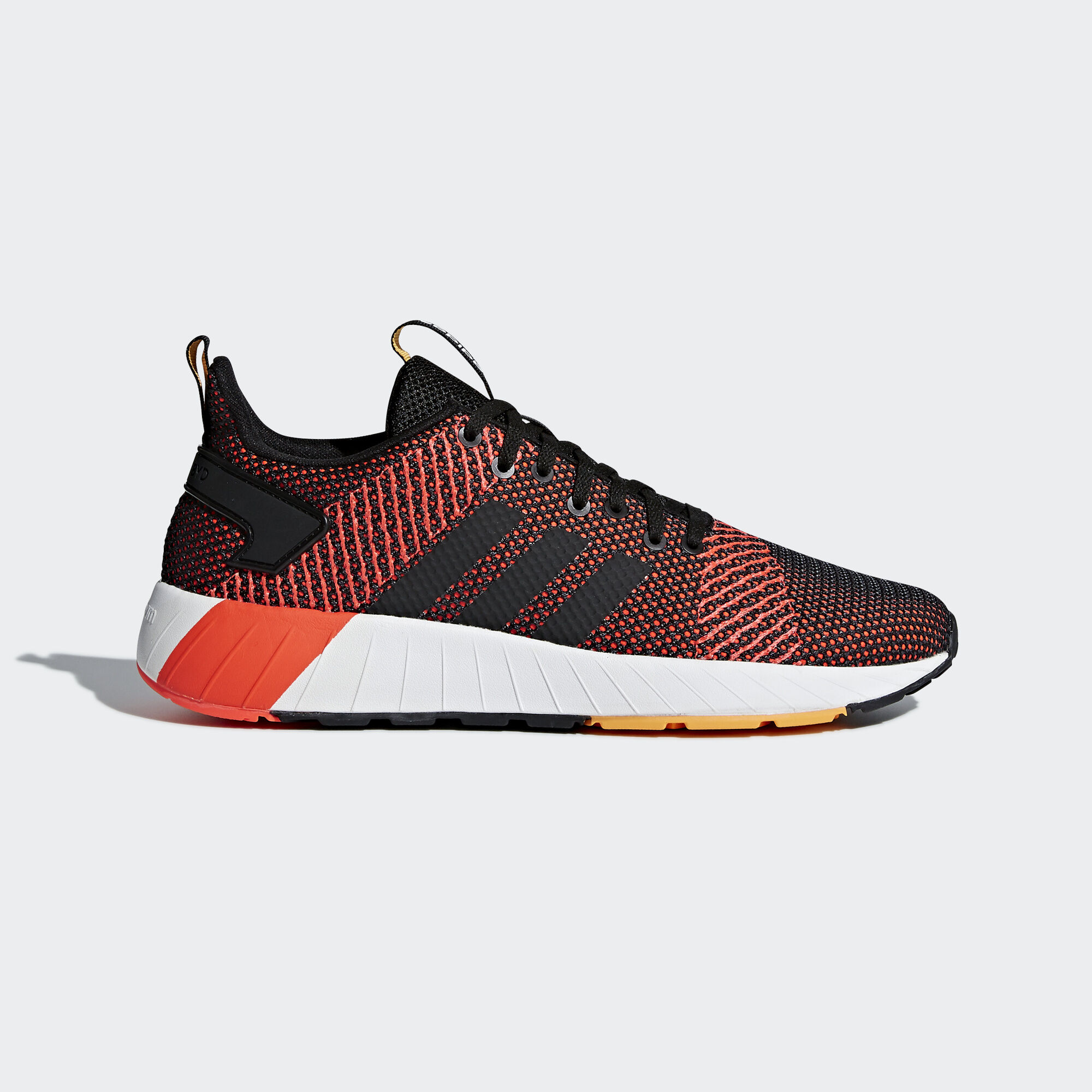 adidas - Questar BYD Shoes Core Black/Ftwr White/Solar Red DB1544