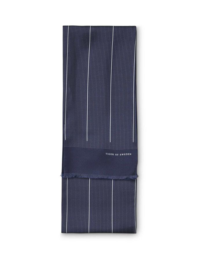 Liniela scarf