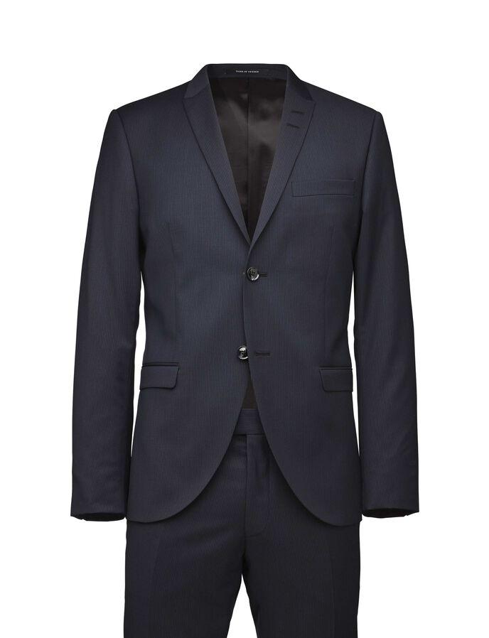 Evert suit