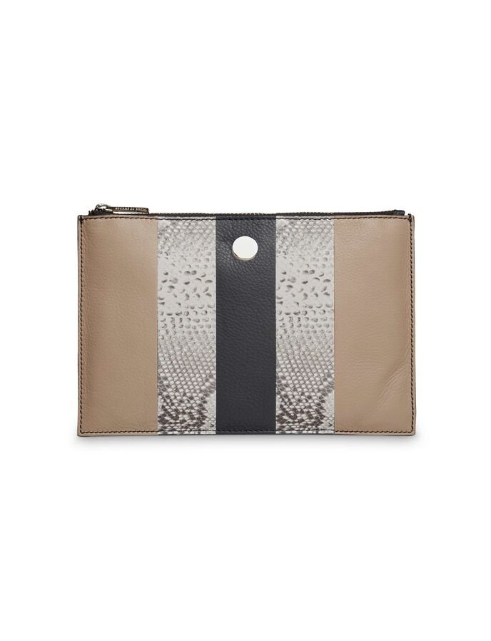Suzanne M wallet