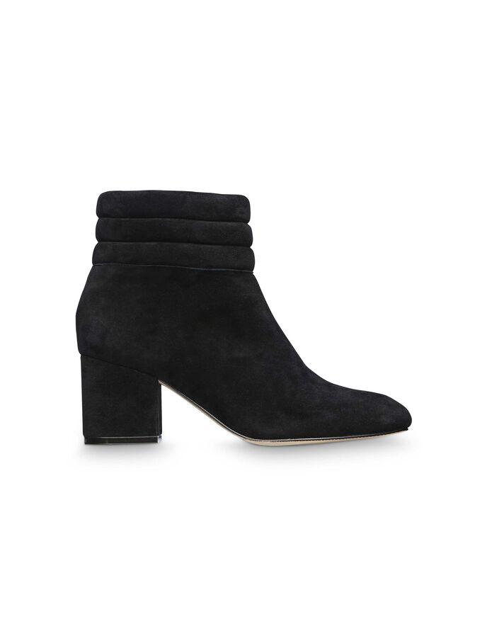 Vouet boots