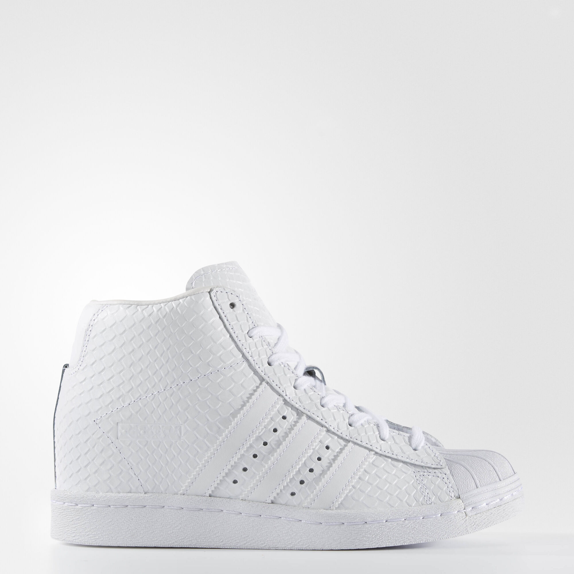 Superstar ADV Ripped Laces