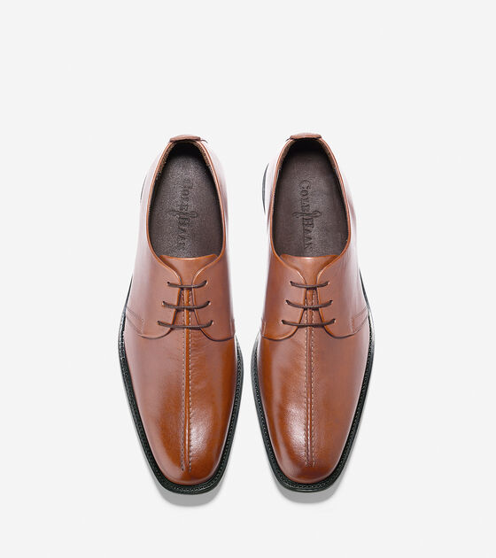 Cain Center Seam Oxford