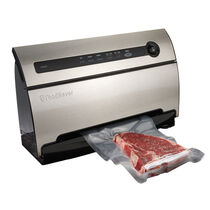 FoodSaver® V3835 Vacuum Sealer Bundle