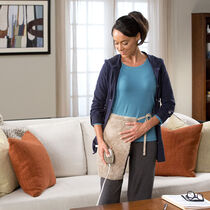 Sunbeam® Ultra-Soft Heating Pad with Integrated Ties, Beige