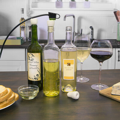 FoodSaver® Bottle Stoppers