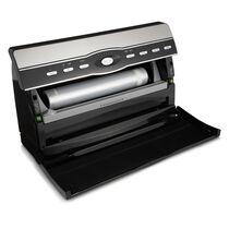 The FoodSaver® V3880 Vacuum Sealing System - The Master Chef Kit