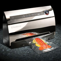 The FoodSaver® V3860 Vacuum Sealing System