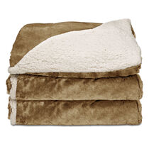 Sunbeam® Reversible Sherpa/Royalmink™ Heated Throw W/Clip-On Controller, Honey