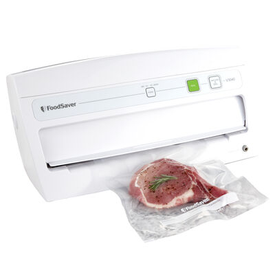 The FoodSaver® V3040 Vacuum Sealing System
