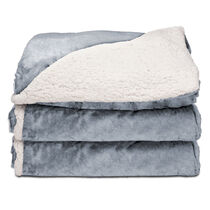 Sunbeam® Reversible Sherpa/Royalmink™ Heated Throw, Breeze