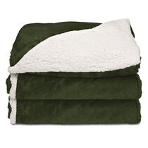 Sunbeam® Reversible Sherpa/Royalmink™ Heated Throw W/Clip-On Controller, Olive